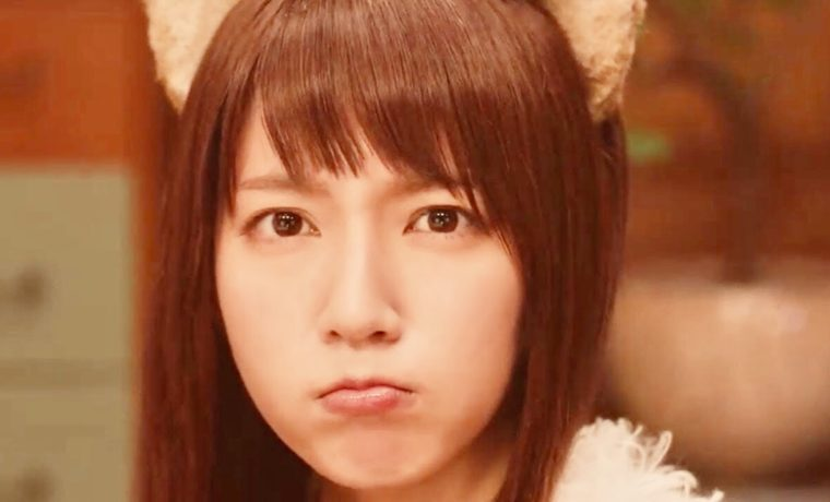 吉岡里帆さんといえば日清食品のどん兵衛のキツネ役が可愛いとか言われていて6社ものCMに出演したりと大活躍なのですが、何故だか女性からは不評なようです。